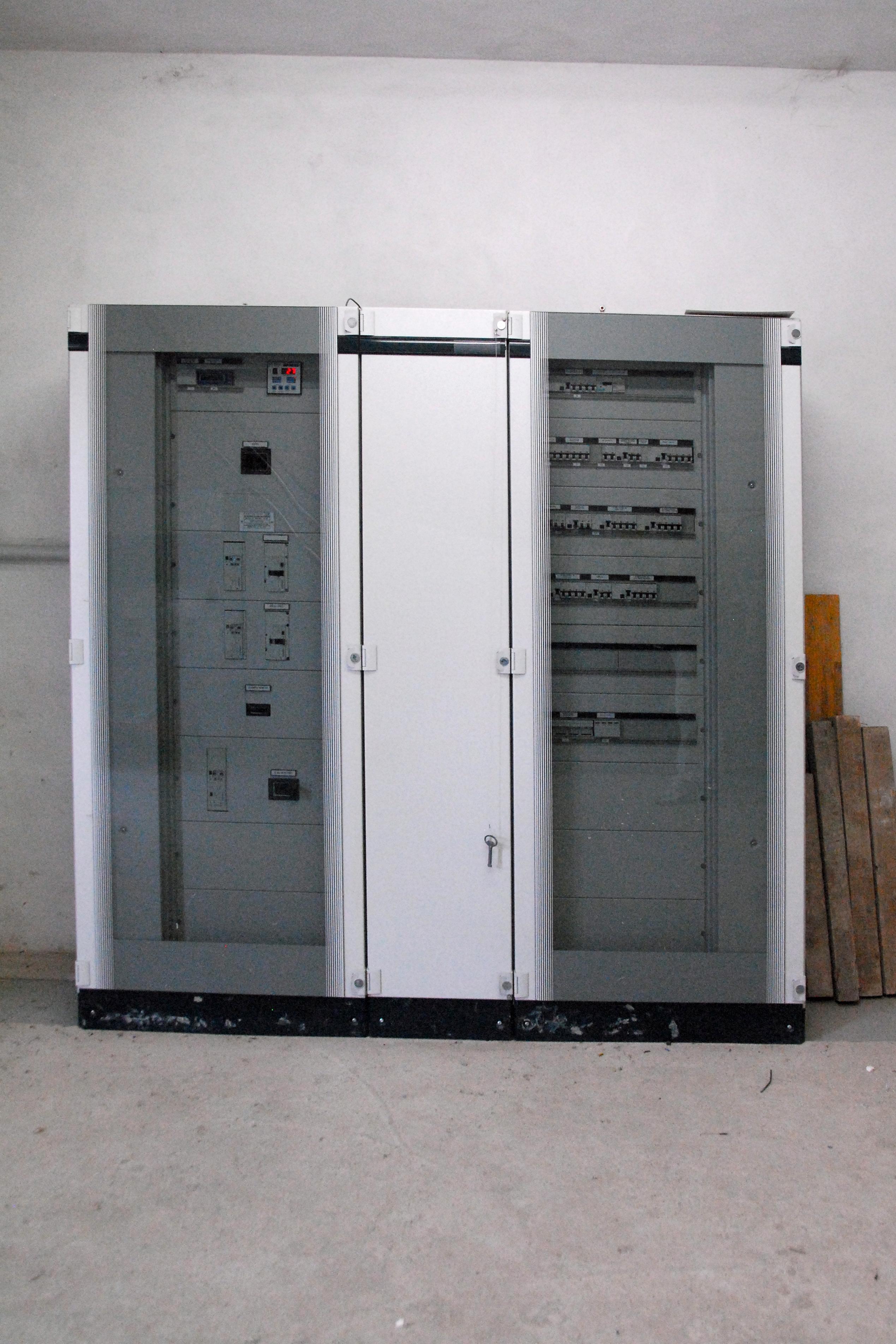 Simboli Schemi Elettrici Automazione : Quadri elettrici per macchine etichettatrici elettrorizzi s r l